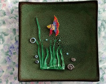 Ceramic decorative plate