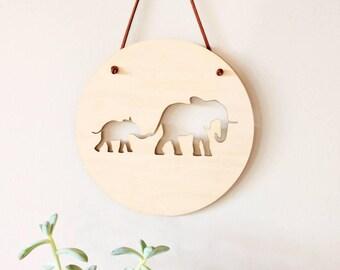 Wall Plaque Roundie - Elephants