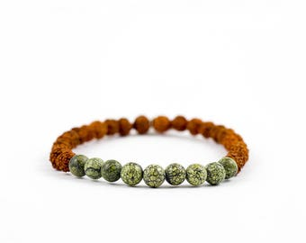 Mala Yoga bracelet CONFIDENCE with Rudraksha seeds and smoky quartz gemstones - for yoga and meditation.