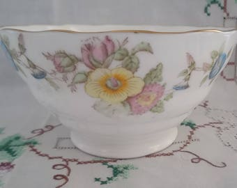 Vintage 1960s Sugar Bowl Fenton Mayfair Pattern Radfords in Bone China