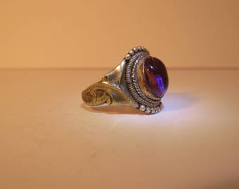 Vintage Violet Ornate ring