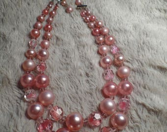 1950's Bead Necklace-Shades of Pink