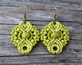 Micro-Macrame Earrings - Lime