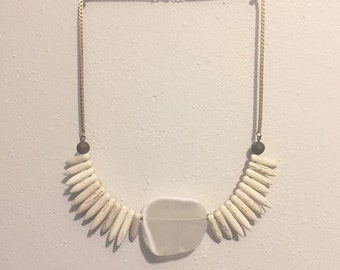White Agate Slice / Spike Turqouise / Brass Necklace / Statement Necklace