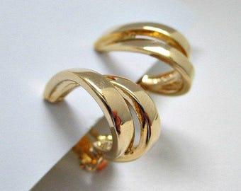 Goldtone Hoop Vintage Clip On Earrings - Vintage Jewelry Clip Earrings