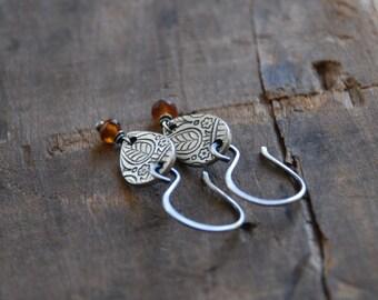 Mehndi Spice Earrings- Oxidized fine silver. Spessartite Garnet. Dangle earrings.Handmade