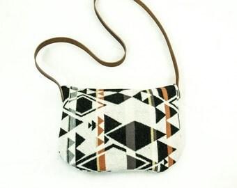 Kari Crossbody Bag-Diamond Pattern