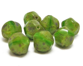 Czech Picasso Beads - Central Cut Beads - Round Beads - Green Beads - Czech Glass Beads - Baroque Round - 8pcs (3559)