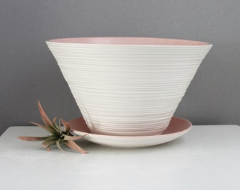 Handmade Pink Pottery Planter - Groove Planter in Dusty Pink with Detatchable Catch Plate - Large Porcelain Planter with Drain Hole