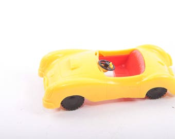 Liddle Kiddles, Little Kittles, Vintage Toy, Plastic Car, Yellow and Red, Small ~ The Pink Room ~ 161002A