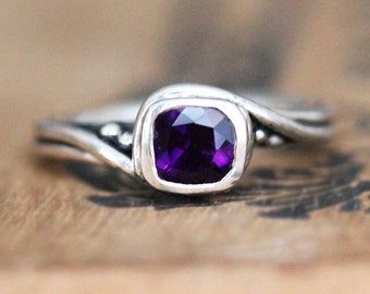 Amethyst gemstone ring, silver ring, swirl ring, february birthstone ring for women, engagement ring pirouette ring, ready to ship size  7