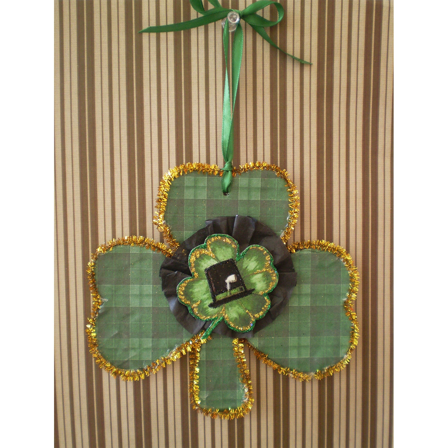 St patrick 39 s day vintage style decoration home decor st for Shamrock decorations home