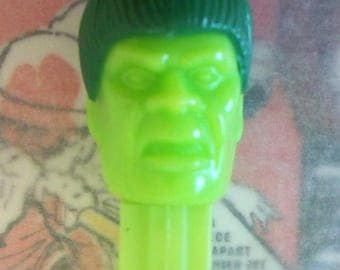 "Vintage / Incredible Hulk PEZ Candy Dispenser / ""B"" Version / Lime Head / Lime Face / Green Hair"