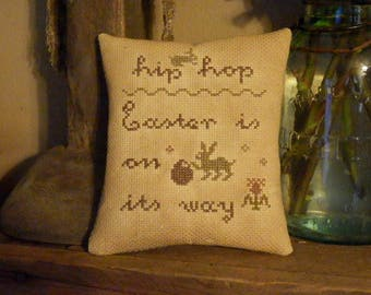 PriMiTiVe - -Hip HoP...EasTer iS on iTs way - - EaRLy LoOk CrOSs STiTcH Cupboard Tuck -  LoVe