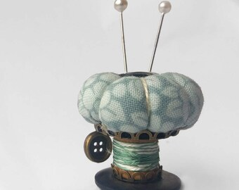 """Pincushion Ornament, Sewing Accessory """"Mint Flowers"""""""