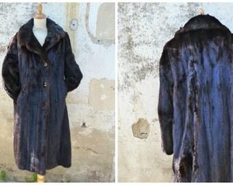 Vintage 1970s  chocolate Mink coat Size  M/L