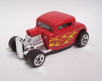 Hot Rod Magnet - 1932 Ford Coupe : Hot Rod, Man Cave, Refrigerator, Tool Box, Stocking Stuffer, Magnet