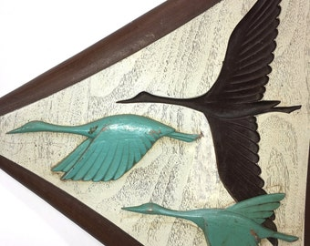 2 vintage 3D wall art pieces triangles triangular flying birds geese wood grain retro vintage home decor mid century design modern wall art