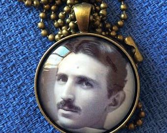 Tesla nerd geek pendant necklace