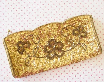 Her First Dance...Vintage Gold Sequined Evening Bag