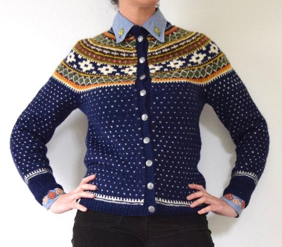 SUMMER SALE/ 30% off Vintage 50s 60s Navy Blue Norwegian Wool Cardigan (small, medium)