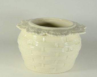 African Violet Pot Basket Weave Large White Made to Order
