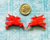 Pegasus Charms Mobilgas Antique Celluloid Premium Prize Novelty Toy Token Mobil Oil Winged Flying Horse Cracker Jack Pendant