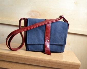 Waxed Canvas Handbag, Girlfriend Birthday Gift, Waxed Canvas Purse, Crossbody Bag, Waxed Canvas Satchel - The Davy Messenger in Navy Blue