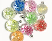 4 pcs of round glass pendant with flower 22x15mm, 4 assorted color, inner flower glass pendant