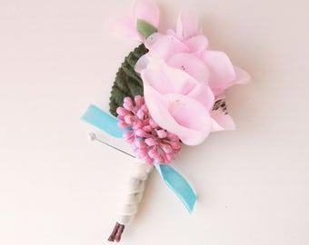 Pink flower boutonniere, Artificial floral boutonniere, Spring wedding, groomsmen button hole, Vintage wedding boutonniere, Silk flowers