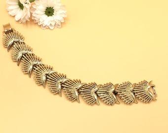 Vintage Gold Tone Link Bracelet, Signed Coro, Feathered Link Design, Vintage Jewelry