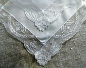 Antique Handkerchief Vintage White Linen Embroidered Lace Hankie Bridal Hanky