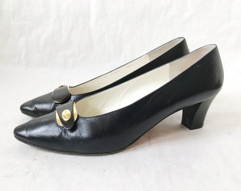 Vintage Bruno Magli Italian Black Leather Pumps. Size 10