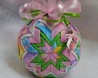 Quilted Ornament - Ballet Slipper Charm