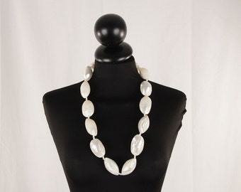 VINTAGE White plastic shells Beads NECKLACE Large