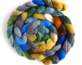 Finn Wool Roving - Hand Painted Spinning or Felting Fiber, Simple Grace