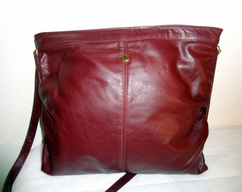AK  bag satchel, slim  hobo bag, bucket style purse  thick deep Bordeaux  leather nice strap vintage 70s unique pristine condition