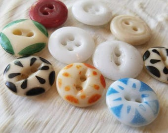 Vintage Buttons -  Cottage chic china  stencil and solid mix of buttons, assorted colors lot of 10 (may 84 17)
