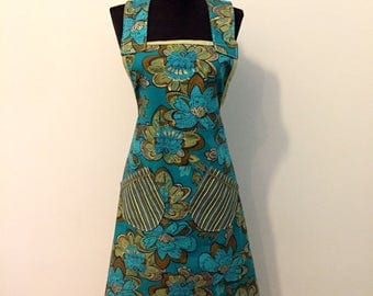 Apron - 100% Cotton Apron for Women - one size fits most- Kitchen Hostess - Blue Lotus