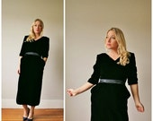 ON SALE 1980s Janet Russo Velvet Dress >>> Size Extra Small to Small