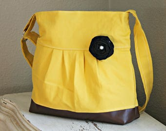 Messenger Bag, Meduim Faux Leather Bag, Yellow Handbag, Spring Purse, Pleather Bag, Vegan Leather Purse, Pleated Purse, Mustard Yellow