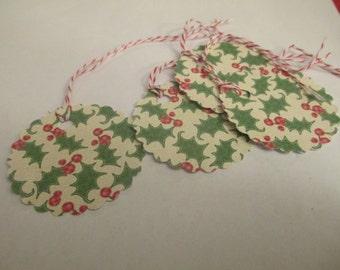 8 Christmas Holly Themed Hang Gift Tags