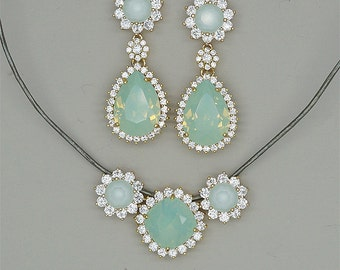 Mint Green  Necklace and Earrings Set,Mint Bridesmaid Jewelry Set,Mint Earrings,Mint Green Necklace, Light Green Swarovski Jewelry Sets
