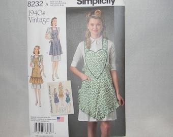 Uncut Simplicity Pattern 8232 Size S-L Vintage Style 1940's Bib Apron