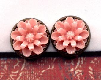Pink Mum Clip On Earrings , Clip on Earrings Earrings, Clips Earrings, Coral Pink Earrings, Clips Earrings, Flower earrings by AnnaArt72
