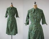 SALE// on hold // vintage 1950s dress / 50s cotton dress / 50s day dress / 50s green batik print dress / 50s shirt dress / size large