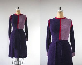 vintage 1970s dress / 70s sweater dress / 70s purple knit dress / 70s color block dress / 70s long sleeve dress / small medium