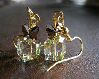 Present Earrings present boxes earring swarovski Crystal earrings golden luminous green cubes metallic bows handmade dangle earrings