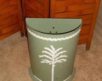 Hellenic Wedgewood green hamper/waste basket