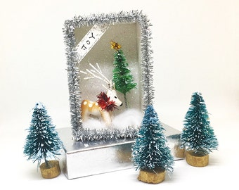 Deer Christmas Miniature shadowbox/ Christmas Message Box/ Tiny card/ Shadow Box/ Tiny Christmas Diorama /Winter Scene